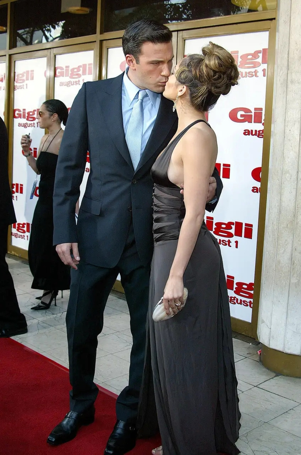 Ben and Jen on the red carpet in 2003 (Alamy/PA)