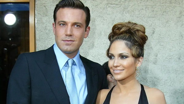 Jennifer Lopez and Ben Affleck are rumoured to be back together following a 17 year split.