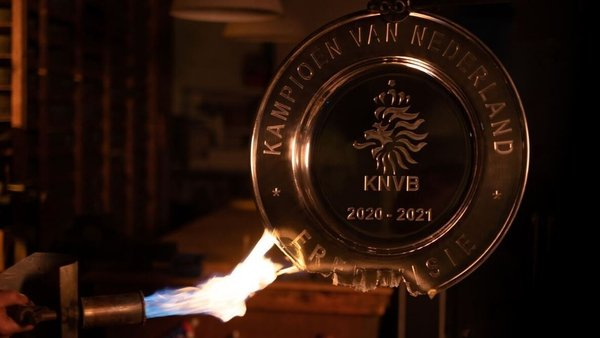 The Eredivisie trophy being melted down