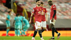 Bruno Fernandes reacts to the concession of a fourth goal against Liverpool