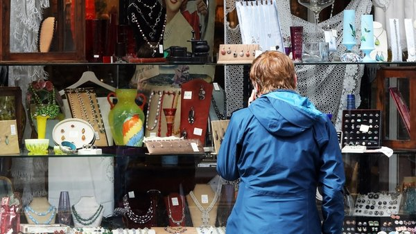 A shopper examines a window display in Dublin city centre today (pic: Rollingnews.ie)