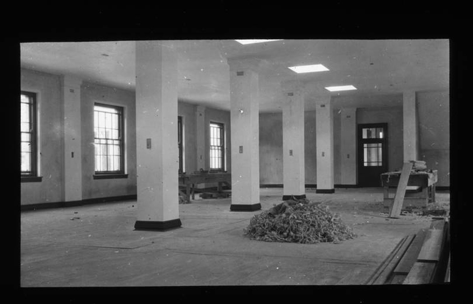 Image - From the ashes 2: The new interior. Credit @Arch_Archive/ Irish Architectural Archive.
