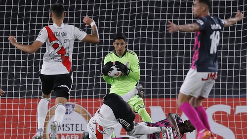 Enzo Perez helped River Plate to a 2-1 win