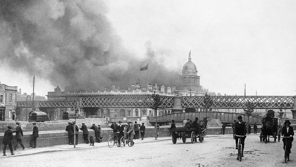 The Custom House burning on May 25th 1921