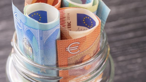 Savings increased by €14.9 billion in April, or 12.9%, new Central Bank figures show