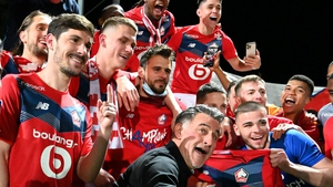 Christophe Galtier (C), head coach of Lille and players celebrate