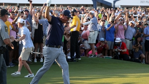 Mickelson takes the plaudits from the Kiawah Island crowd