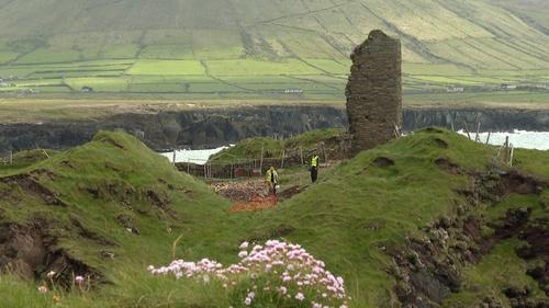 Dún an Fheirtéaraigh, Corca Dhuibhne