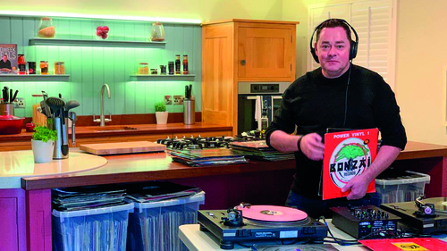 Donal O'Donoghue visits Neven Maguire at home in Blacklion for the RTÉ Guide.