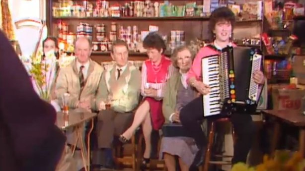 Levis pub in Ballydehob, 1986