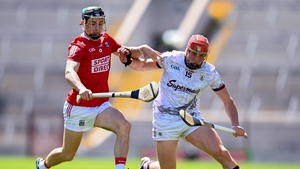 Conor Whelan and Mark Coleman tussle for the ball in today's Páirc Uí Chaoimh clash