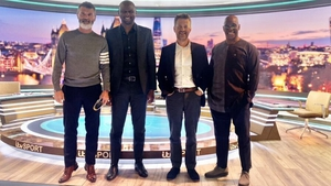 Keane (on tippy-toes), Viera (2l) and Wright (r) pose for a picture after the show (Pic: Mark Pougatch Twitter)