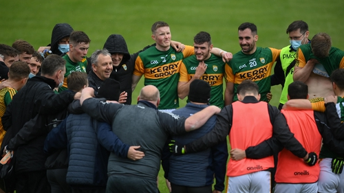 Peter Keane speaks to his Kerry players after their league draw with Dublin last month