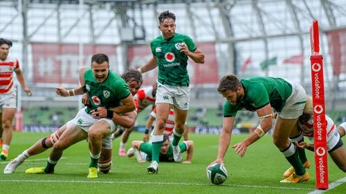 Stuart McCloskey scoring Ireland's second try