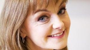 Frances Nic Géadaigh, ó Sheomra na Nuachta.