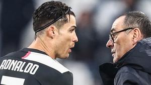 Cristiano Ronaldo (L) with former Juventus coach Maurizio Sarri in December 2019