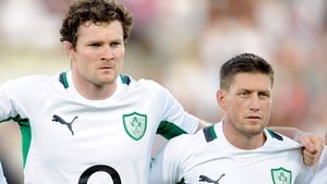 Donnacha Ryan (L) and Ronnan O'Gara lining out together for Ireland in 2011