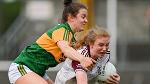 Louise Ward of Galway holds off Anna Galvin