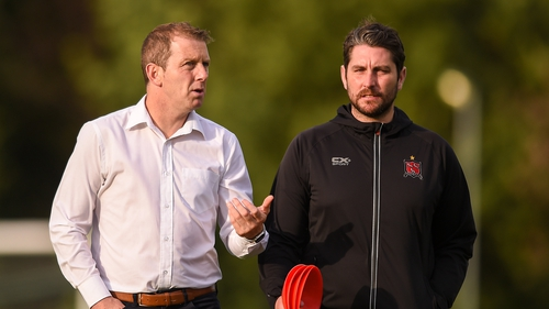 Vinny Perth in conversation with Ruaidhri Higgins during the latter's time as Dundalk assistant head coach