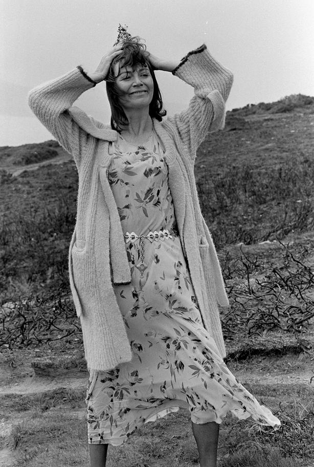 Edna O'Brien on Howth Head (1976). Photo by Ronan Lee