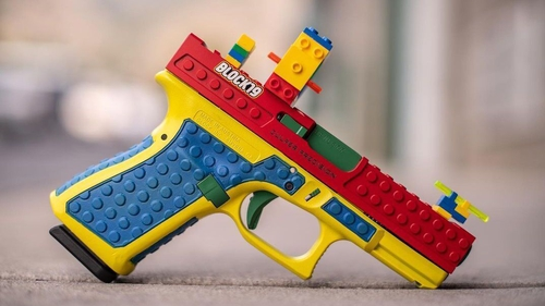 This is the controversial colourful pistol (pic: Instagram/CulperPrecision)
