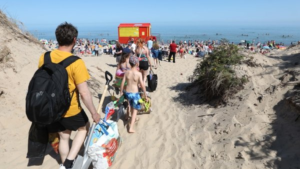 Crowds hit Brittas Bay, Wicklow, as Ireland basks in sunshine Pic: Rolling News