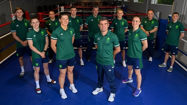 Bernard Dunne with the seven-strong team and coaching staff ahead of their departure to Tokyo