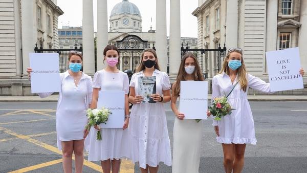 Orla Hogan, Ali O'Mara, Brina Cullen, Anna Killeen, Una O'Huadhaigh as a group of brides-to-be outside Government Buildings