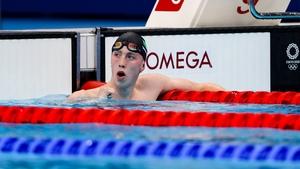 Daniel Wiffen celebrates winning his heat in the 800m freestyle