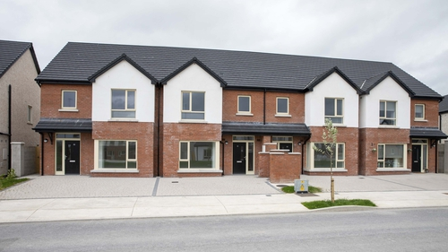Loughlion Green, which is located close to Kildare Village, is a development of A-rated social-rented homes ranging in size form one to four bedroom units
