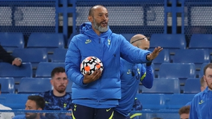 Nuno Espirito Santo: 'We have to solve the situation but between us'