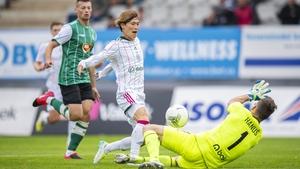 Celtic's Kyogo Furuhashi makes it 2-0