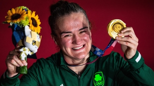 Kellie Harrington poses with her lightweight boxing gold medal