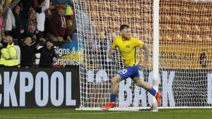 Ireland striker Aiden O'Brien scored a hat-trick for Sunderland against Blackpool