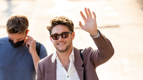 Niall arriving to host Jimmy Kimmel Live! in LA yesterday