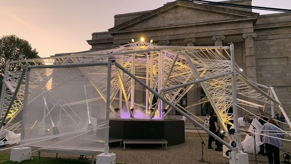 The concept of Prism saw thebuilding of a tent-like structure in front of Waterford courthouse and filling it with light
