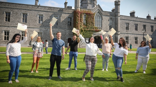The Educational Transition Project (ETP) for Traveller students was developed to build on current initiatives and work directly with community organisations in supporting members of the Traveller community to progress to higher education