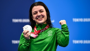Nicole Turner poses with her silver medal