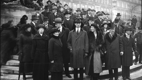 The Irish in Paris: many familiar faces in the crowd gathered for the World Congress of the Irish Race in 1921. Photo: Bibliothèque nationale de France