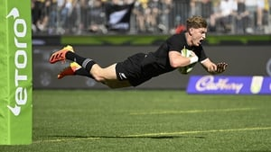 Jordie Barrett scored his side's first try before seeing red in the 28th minute