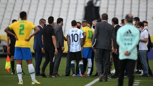 Lionel Messi and Neymar in discussions before the game was called off