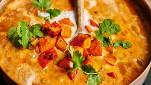 This tasty curry will keep vegetarians and meat-eaters happy and full.
