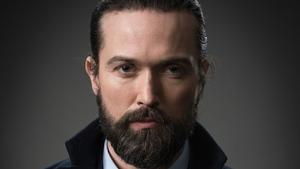 "Emmett J Scanlan praises ""astonishing"" Kin cast members"