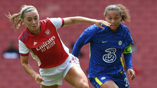 Republic of Ireland and Arsenal midfielder Katie McCabe (L) in action against Drew Spence of Chelsea last month