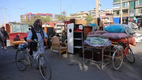 The increasing economic crisis following the Taliban takeover has led some low-income Afghans to sell their household goods