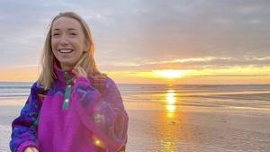 Kathryn Ní Mhaoláin - Social Sunrise.