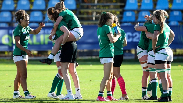 Ireland recovered from their defeat to Spain by beating Italy 15-7
