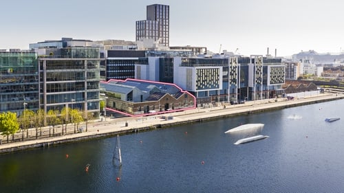 The warehouse style property has 3,747 sq m of space