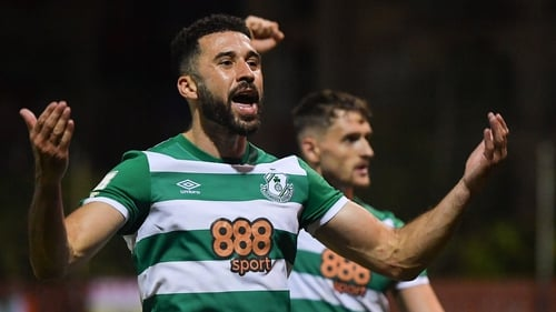 Roberto Lopes of Shamrock Rovers celebrates at the full-time whistle after the 1-0 defeat of St Patrick's Athletic