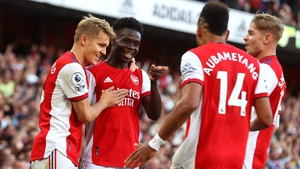 Arsenal celebrate Bukayo Saka's goal